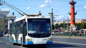 Росгвардия возьмет под охрану городской наземный транспорт в Санкт-Петербурге