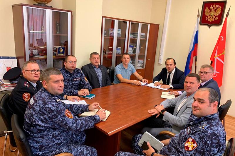 Александр Васильев и Александр Питиримов приняли участие в совещании в Комитете по транспорту Санкт-Петербурга