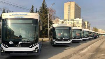 Омский автопарк пополнился новыми троллейбусами благодаря дорожному нацпроекту